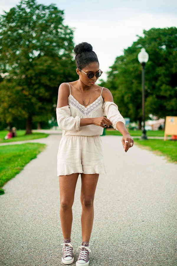 four one oh! blogger romper shoes sunglasses