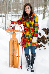 classy girls with pearls,blogger,gloves,winter coat,winter sports,wellies,jacket,sweater,pants,shoes,knitted gloves,yellow,tartan,plaid,printed coat,winter outfits,winter look