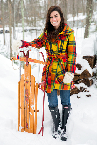 classy girls with pearls blogger gloves winter coat winter sports wellies jacket sweater pants shoes knitted gloves yellow tartan plaid printed coat winter outfits winter look