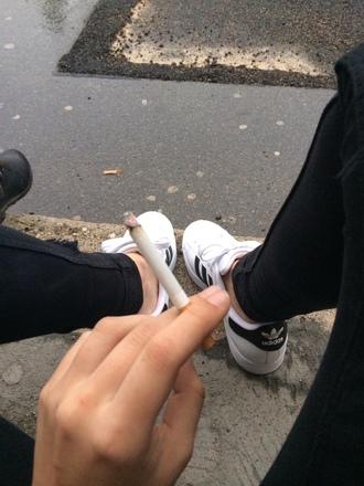 shoes adidas adidas samoa black white stripes grunge indie punk tumblr weheartit laces cool urban aesthetic