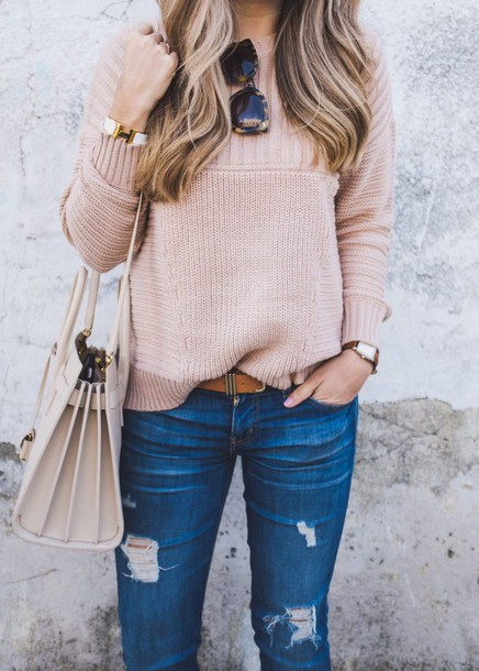 sweater tumblr pink sweater denim jeans blue jeans ripped jeans belt bag white bag sunglasses tortoise shell sunglasses tortoise shell cuff bracelet bracelets jewels jewelry