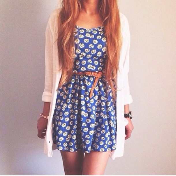 dress cardigan cute dress belt spring outfits jewelry blouse jacket blue dress white flowers daisy dress summer dress sundress light blue daysies mini dress clothes tumblr outfit outfit short navy blue dress