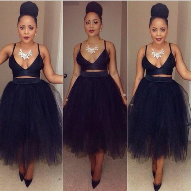 thule skirt crop tops dress shirt black puffy skirt top jewels crop bra tulle skirt clothes crop top black tutu