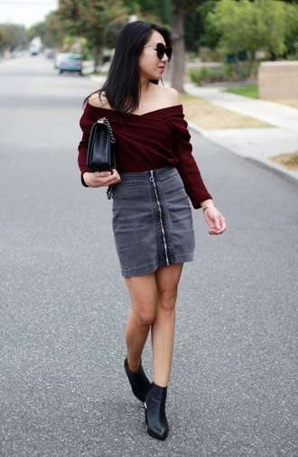 posh classy mom – a lifestyle blog by sheree blogger top skirt shoes off the shoulder sweater zipped skirt grey skirt ankle boots