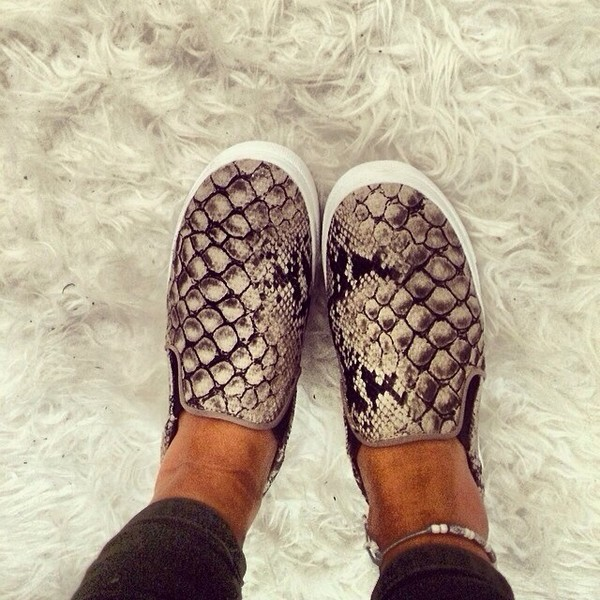 shoes snake print slip on shoes white shoes