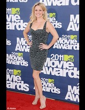 reese witherspoon,mtv movie awards,grey dress,dress