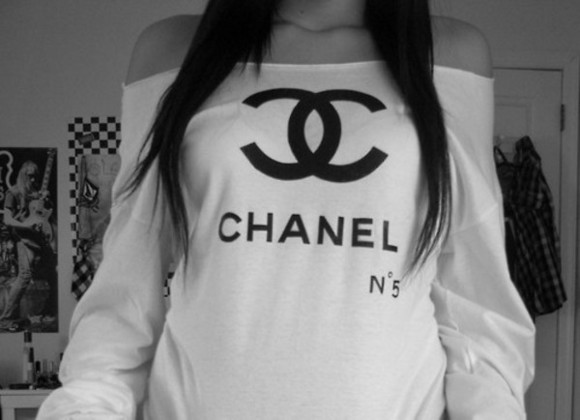 chanel shirt white black t-shirt off the shoulder
