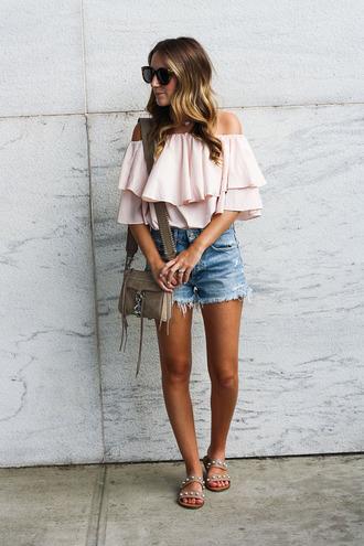 twenties girl style blogger top shoes bag sunglasses denim shorts shoulder bag sandals off the shoulder top summer outfits