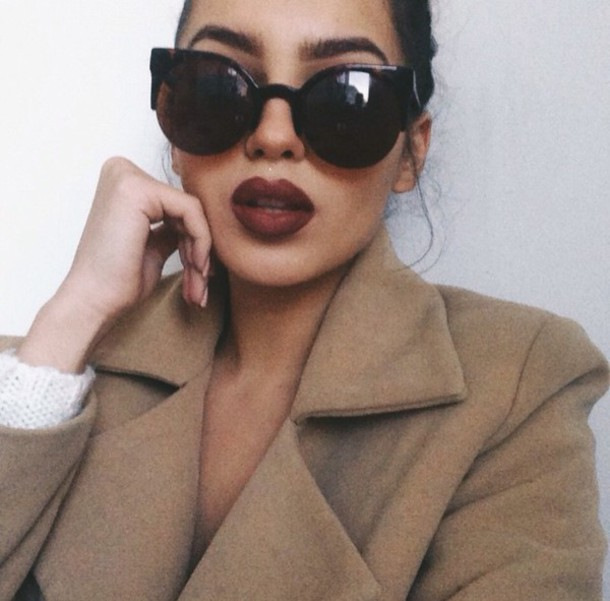 sunglasses musthave summer pale indie coat glasses oversized sunglasses oversized glasses round glasses round frame glasses