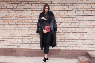 fashion agony blogger vans cropped pants winter outfits winter coat long coat black coat pouch