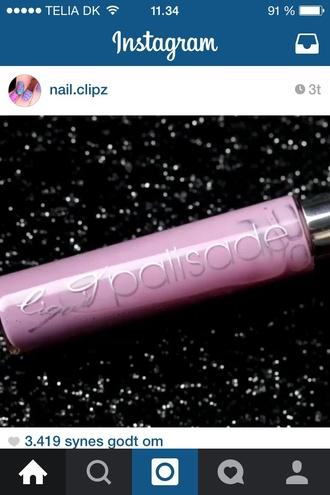 make-up nail