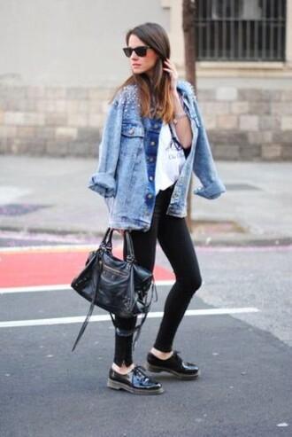 shoes denim jacket white shirt black jeans oxfords bblogger sunglasses