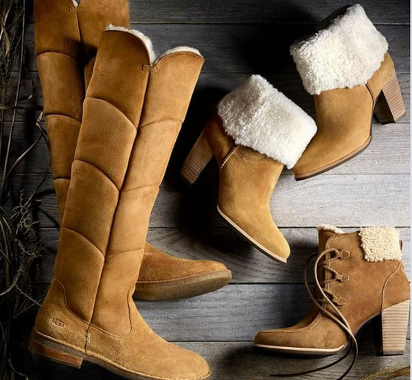 1718e76b8b0 Amazon.com: UGG Australia Women's Samantha Sheepskin Boot: Shoes