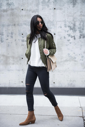 jacket white shirt\ green bomber jacket black ripped jeans brown boots blogger