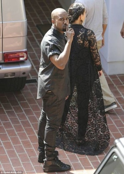 oversize clothes jacket kim karadshian black kayne west kim kardshian lace Miss Kardashian