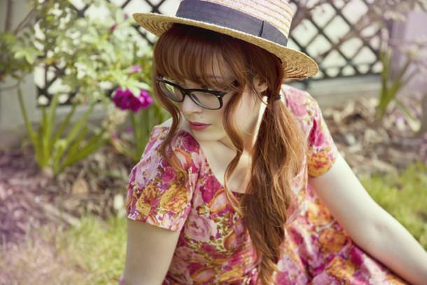 louise ebel miss pandora pandora bowter black hat hat