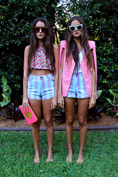 sunglasses how two live howtwolive bloggers fashion clothes jacket shorts stripes crop tops tops bag clutch pursw tank top