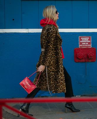 coat tumblr leopard print leopard print coat pants black pants cropped pants bag red bag boots black boots streetstyle