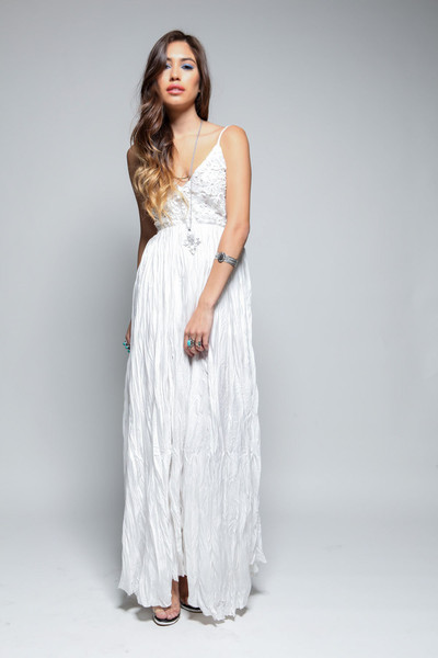 Daze Ivory Maxi Dress | SHOPLUNAB