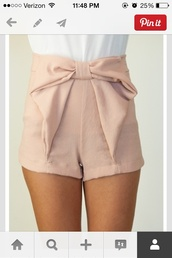 shorts,bow shorts pink shorts,bow flowing shorts beige,dusty pink,bows,fashion,pink shorts,pink high wasted shorts,cute shorts,bow,girly