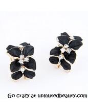 jewels,earrings,flowers,pretty,sweet,fashion,style,flower earrings,black flowers
