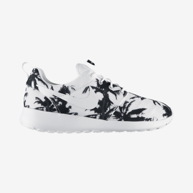 Nike Roshe Run Women's Shoe. Nike Store UK