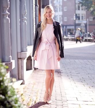 baby pink blogger cocorosa jacket studs preppy heels pink dress perfecto