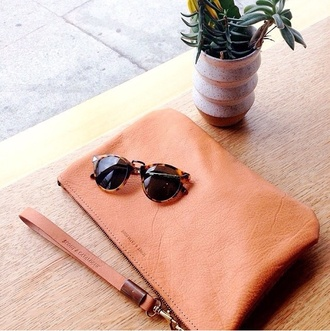 bag leather clutch classy tan cute summer accessory accessories sophisticated boho model nude leather clutch sunglasses