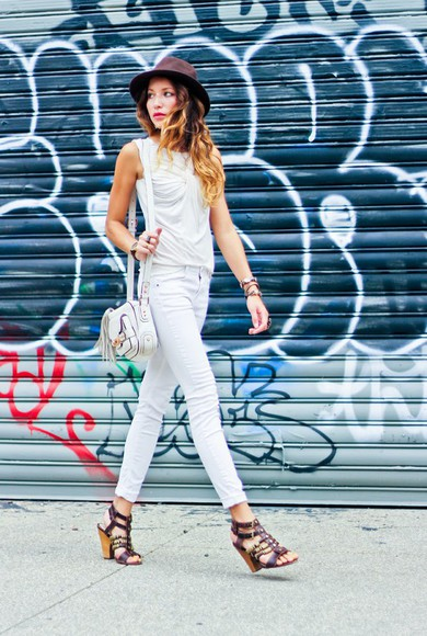 top shoes white sandals bag jewels summer outfits clutch the marcy stop jeans high heels strappy sandals white jeans tank top hat classy elegant skinny jeans