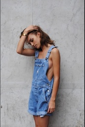jeans,romper,dungarees,denim,blue,denim dungarees,denim playsuit,shorts,t-shirt,denim outfit,denim overalls,dress,oversized denim jacket,oversized,vintage,levi's,miley cyrus,comfy,jumpsuit,overalls,short overalls,blue jeans,worn,worn-in jeans,summer,tumblr,baggy,loose