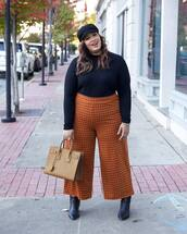 pants,cropped pants,wide-leg pants,checkered pants,ankle boots,black boots,handbag,black blouse,cap