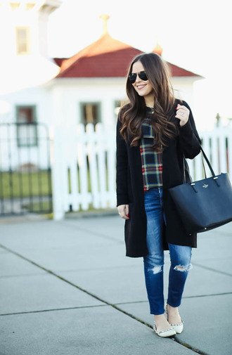 dress corilynn blogger top cardigan jeans bag sunglasses jewels tote bag black cardigan winter outfits ballet flats