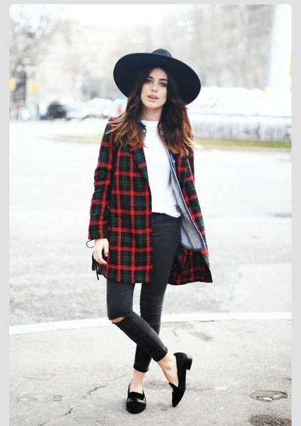 flannel coat plaid jacket red green navy fashion fall trend fall outfits fall outfits trendy preppy hat plaid coat fall coat black ripped jeans black loafers blogger