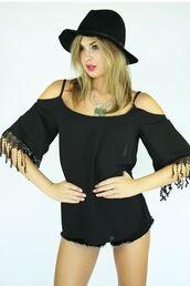 top,black top,black tank top,fringed top,cut out shoulder,fringe sleeves,www.ustrendy.com