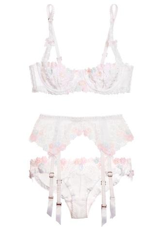 underwear lace clothes lacy sexy sexy lingerie lingerie lacy lingerie lace white lingerie floral lingerie top bottoms mesh lingerie panties bra lace bralette bralette