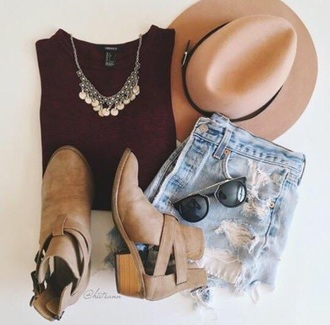 shoes burgundy maroon/burgundy jeans hat floppy hat fedora tan high waisted shorts blue booties boots