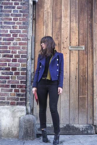 portable package blogger blue jacket skinny jeans