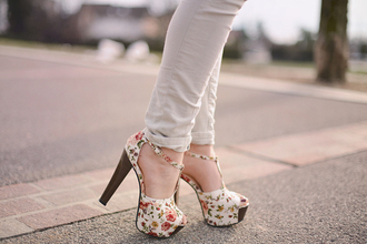 shoes high heels flower shoes flowers summer shoes style t-strap heels floral heels romantic