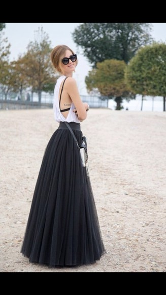 shirt white summer sunglasses chic black skirt classy tank top cute t-shirt black skirt maxi black maxi maxi skirt muscle tee beach poofy skirt black maxi skirt