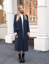 coat,pinstripe coat,fall coat,fall outfits,pinstripe long coat,streetstyle,streetwear,striped coat,long coat,stripes