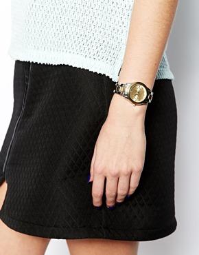 New Look | New Look – Mittelgroße, schlichte Boyfriend-Uhr bei ASOS