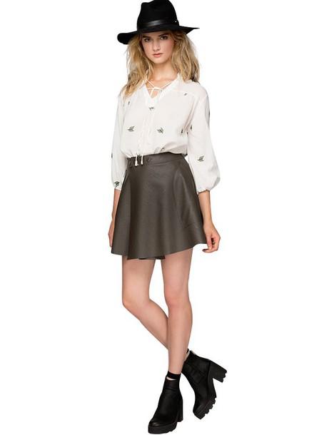 green skater skirt outfit