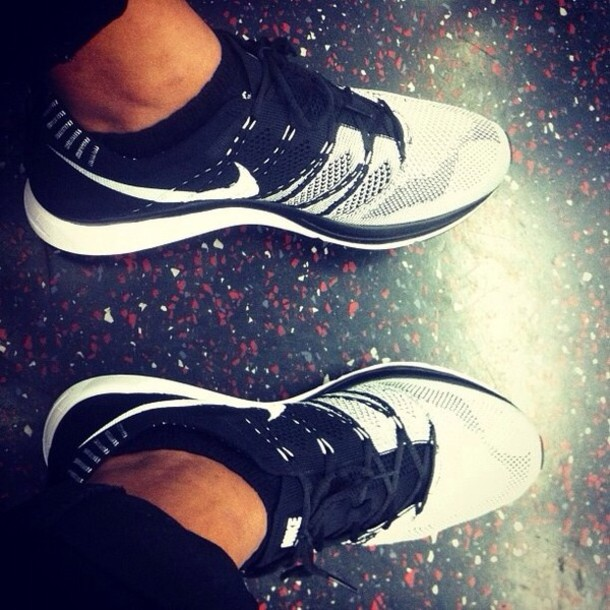 shoes black and white nike running shoes nike nike flyknit trainer nike free run black with white tennis shoes workout shoes white grey addidas shoes white hightops running shoes running excersise soccer basketball