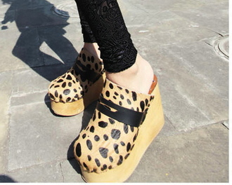 shoes wooden wood animal print animal print leopard print women fashion style flat 2013 clogs