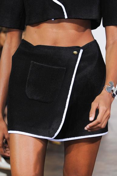black skirt fashion