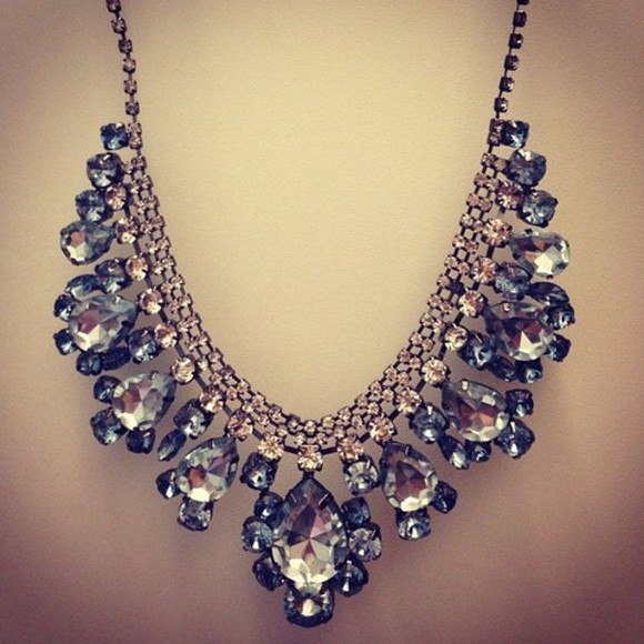 diamons jewels necklace glitter fabulous big diamonds shine big necklace diamond necklace statement necklace statement neckpiece fashion vibe bling neckless blue