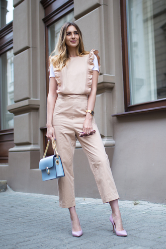 fashion agony blogger top shoes sunglasses jumpsuit tumblr cropped jumpsuit t-shirt white t-shirt pumps pointed toe pumps high heel pumps bag blue bag