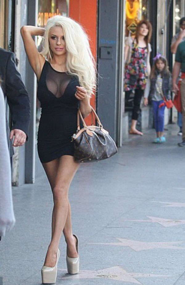 courtney stodden boobx boobs cut-out little black dress