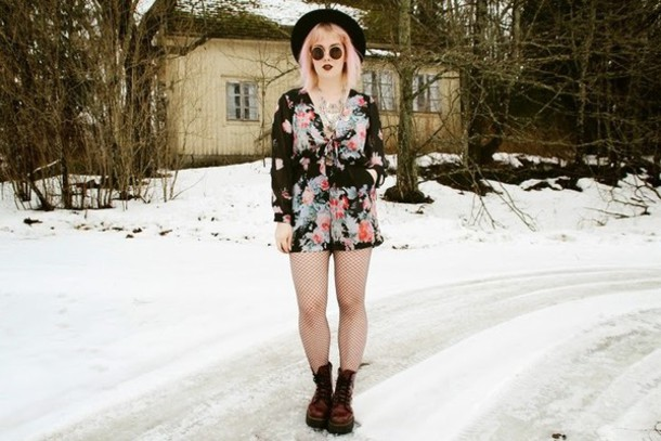thelma malna blogger romper roses soft grunge jewels hat shoes