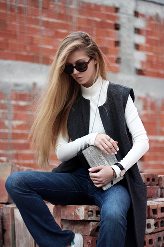 sirma markova blogger coat blouse jeans bag shoes jewels dress sunglasses